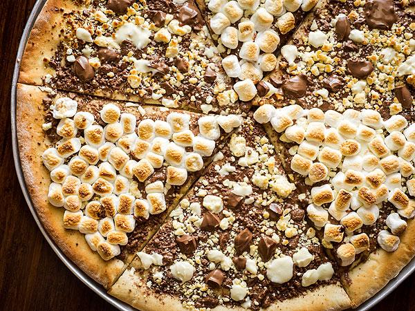 chocolate-pizza-600x450