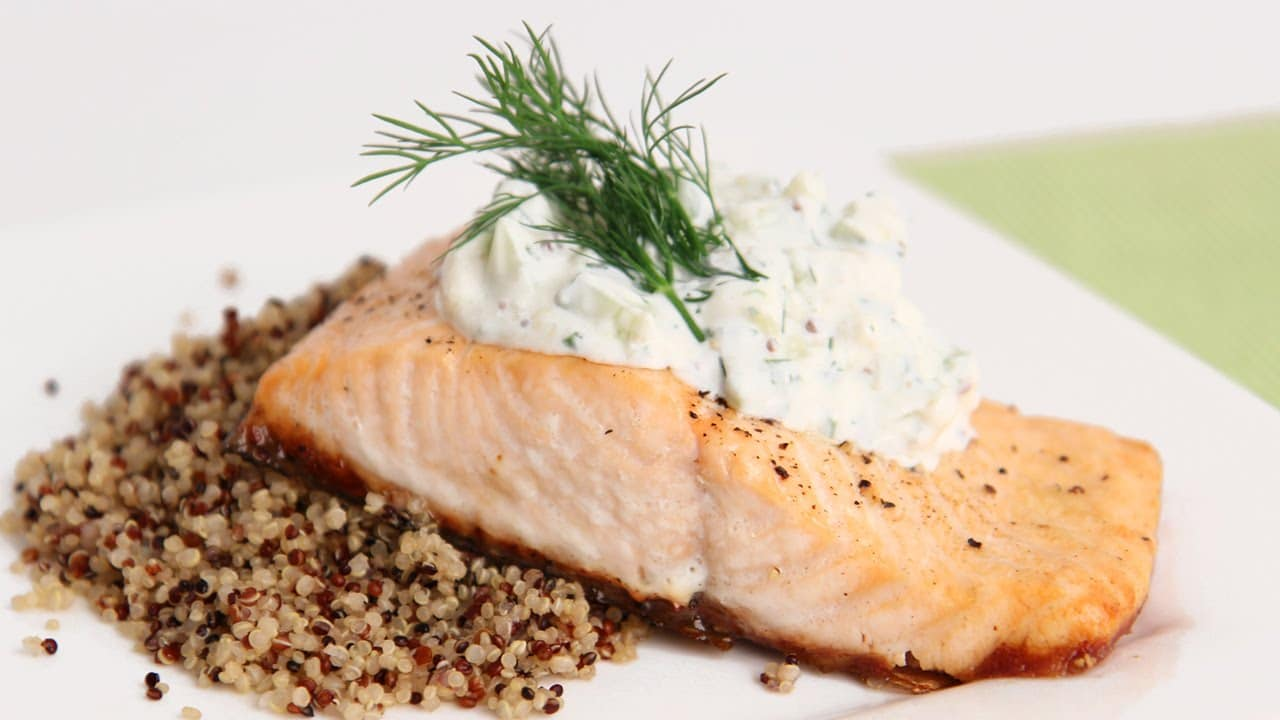 Salmon fillets with creamy dill sauce from heb for Dill sauce for fish